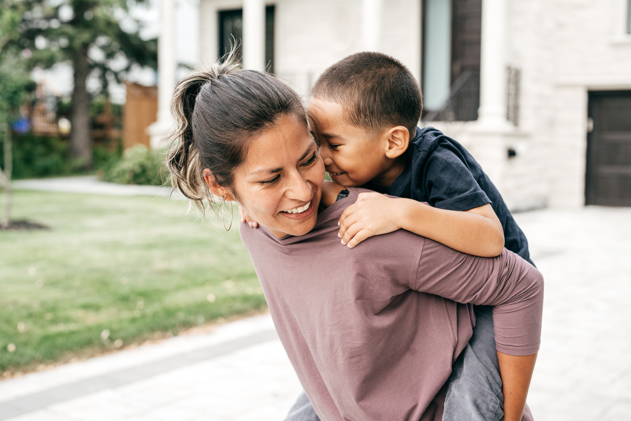 MetLife Foundation: All in the Family: Single Motherhood, Stress and the US Financial Health Gap